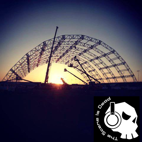 EDC 2013 Megastructure Sunrise