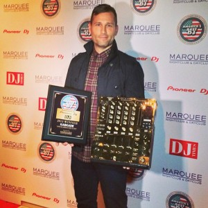 Kaskade-Wins-Americas-Best-DJ-Award-Gold-Plated-Pioneer-Mixer