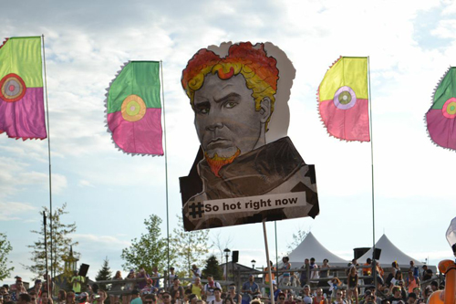 how to make a totem pole for festivals
